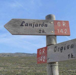 Hking signs near Lanjarón